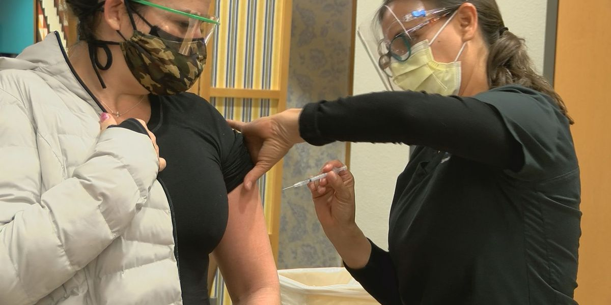 First healthcare workers in Pima County get COVID-19 vaccines