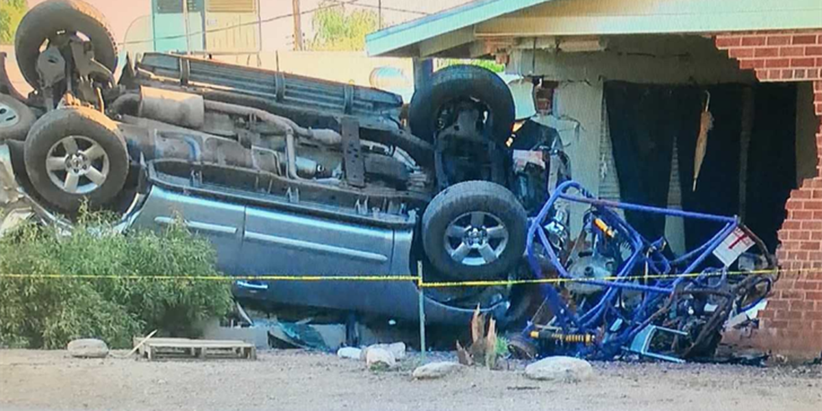 JUST IN: Police investigating single-vehicle crash into a home near Kolb and Golf Links