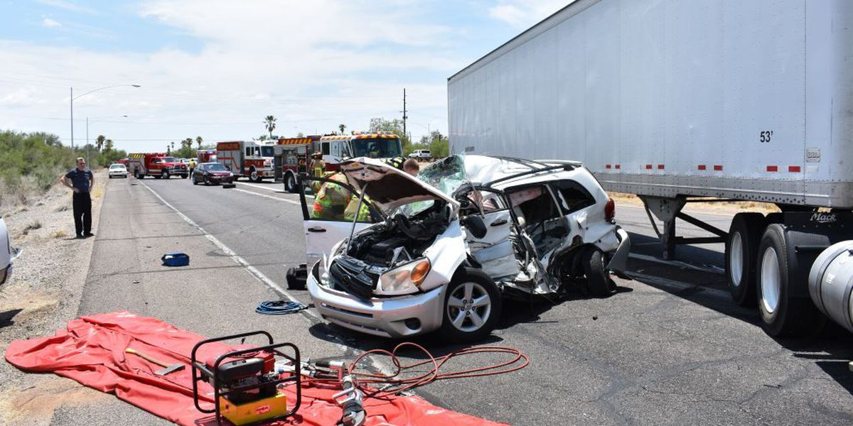 Two injured in multi vehicle crash in Green Valley
