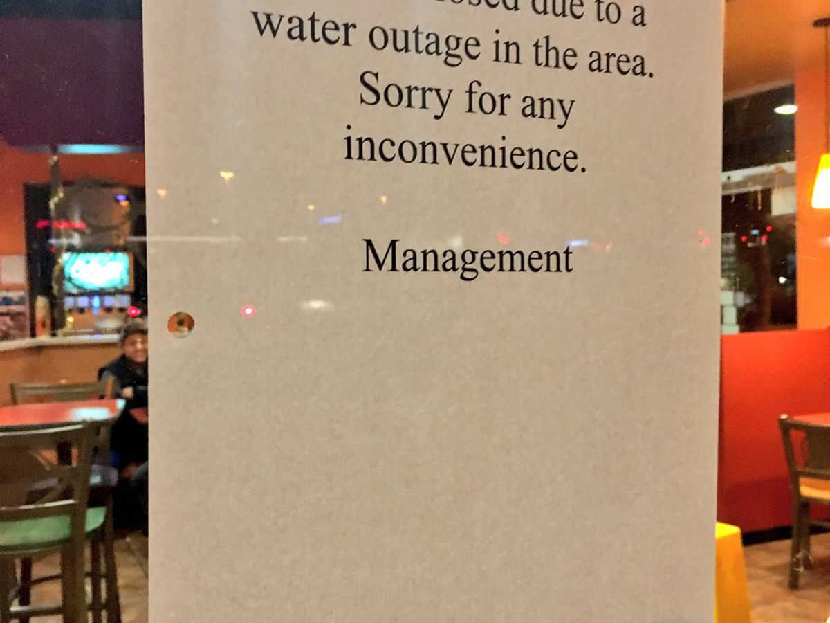 Water main break stops business at some Oro Valley spots