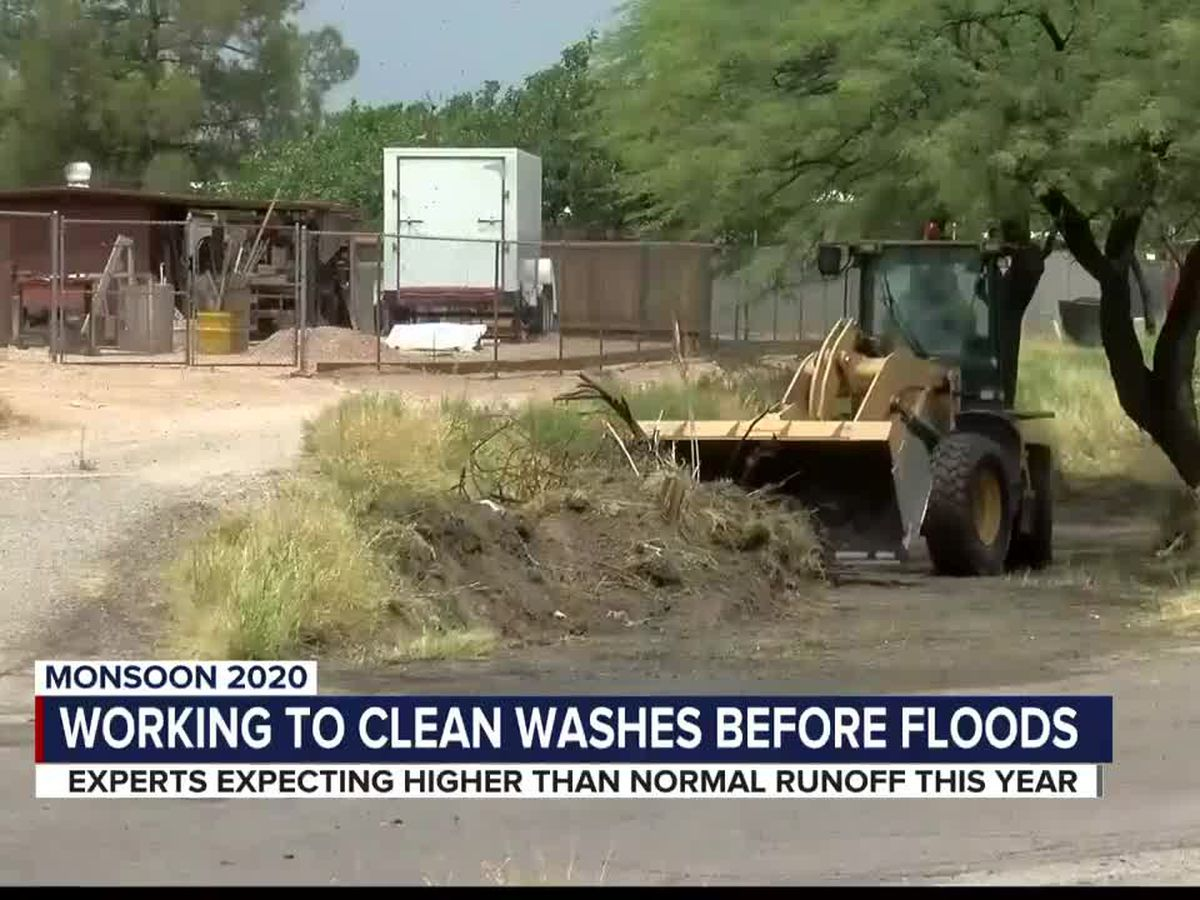 Crews prep Tucson-area washes before monsoon flooding