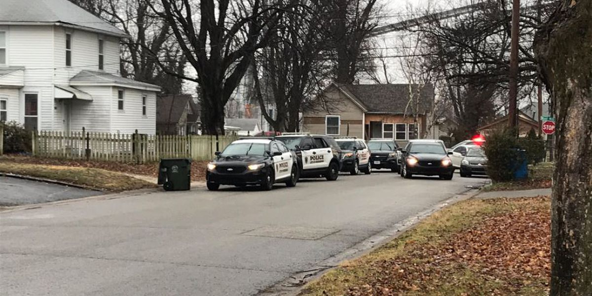 Four shot inside Owensboro home