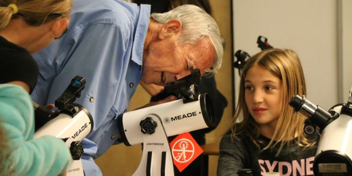 Telescope tradition hits 10th year at Oro Valley school