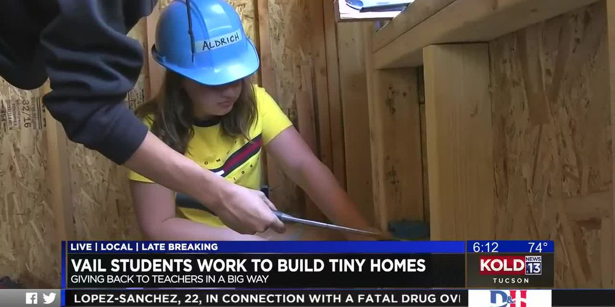 Cienega High students pull together to build tiny house for teachers