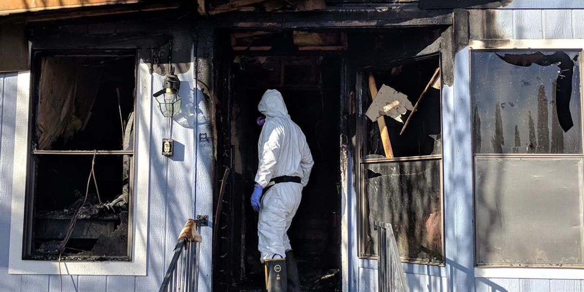 Cat dies in mobile home fire in Tucson