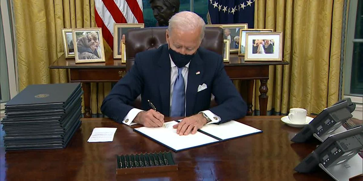 LIVE: Biden signs burst of virus orders, requires masks for travel