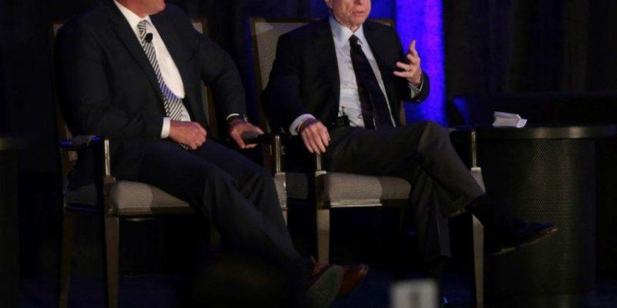 Flake, McCain call Trump's performance 'disgraceful' and 'shameful'