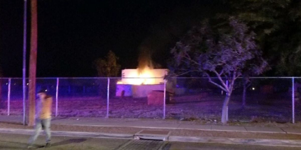 Firefighters extinguish fire near south-side church