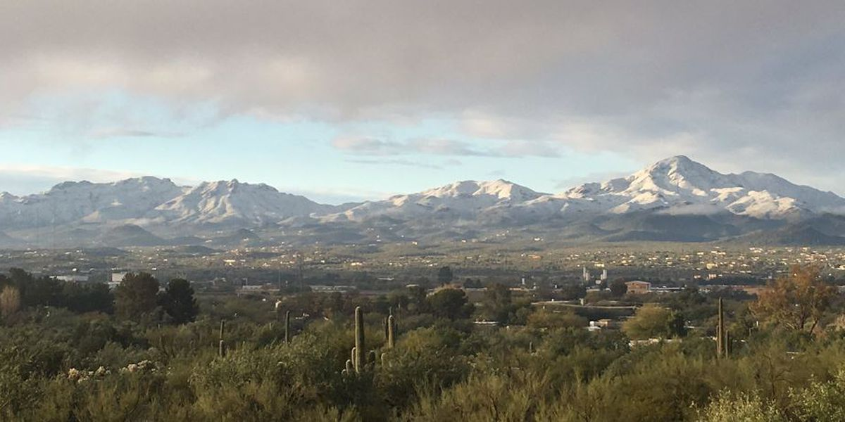 Tucson starts new year under light dusting of snow