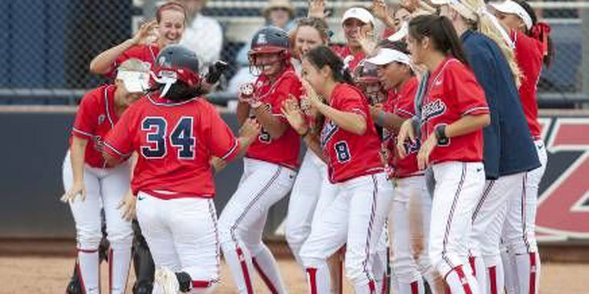 SB: Cats sweep to 9-0 start