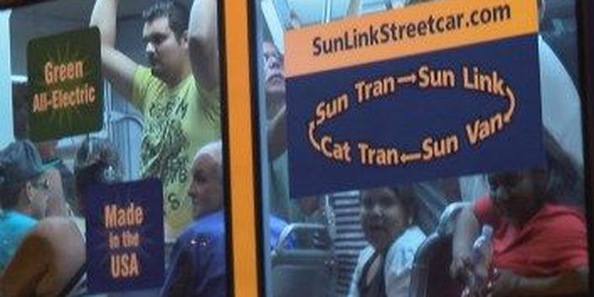 Crowds continue to fill up Sun Link Streetcar for second day in a row