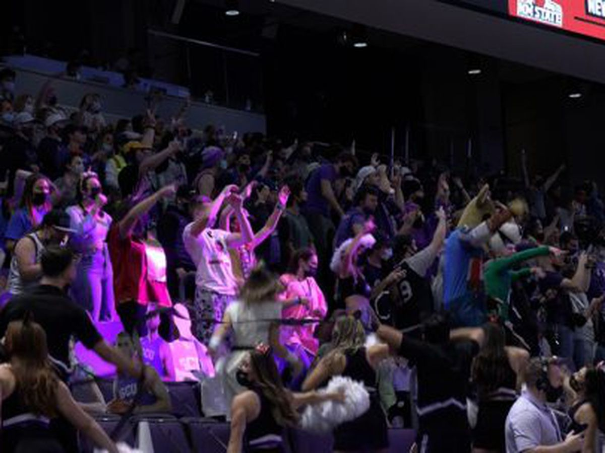 During pandemic, GCU works to balance high energy fan base with safety measures