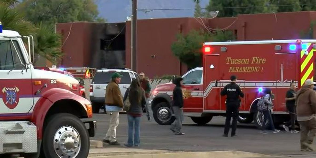UPDATE: No injuries reported in apartment fire