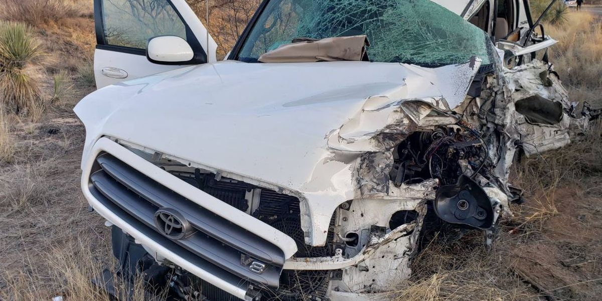 Fatal crash closes portion of Highway 80 in Cochise County