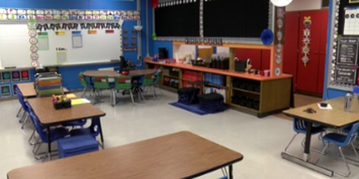 Southern Arizona districts react to Gov. Ducey's delay to school year