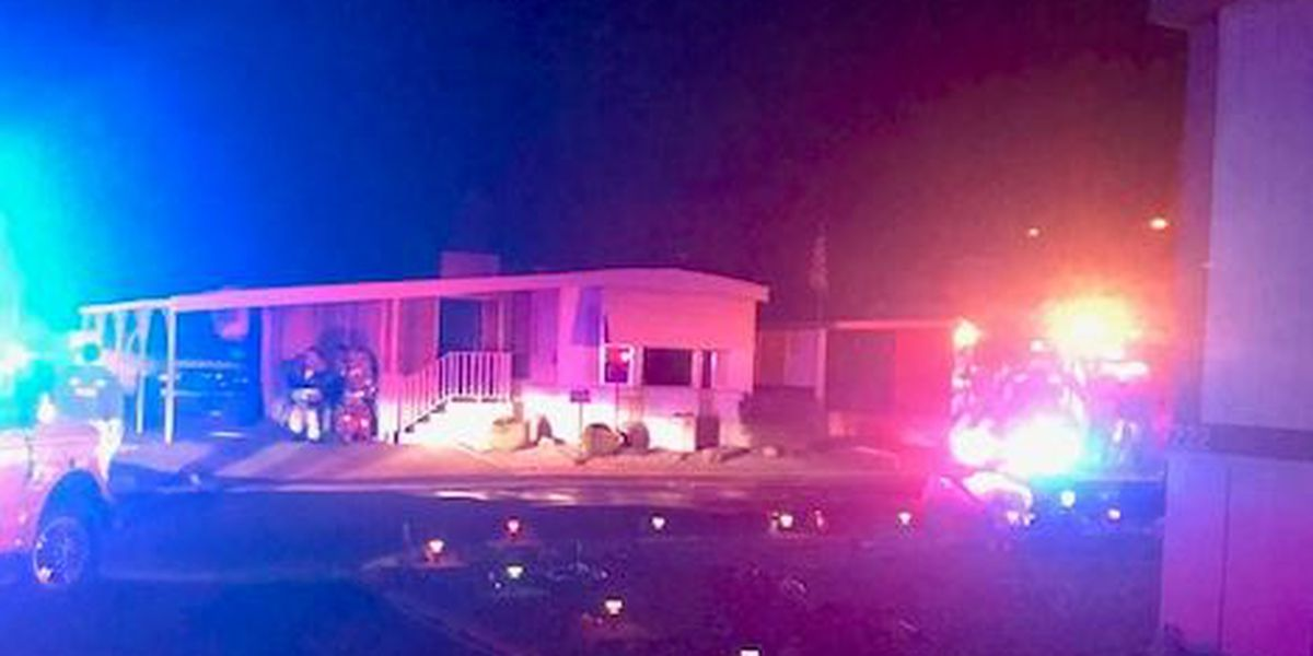 Tucson Fire extinguishes flames at mobile home on west side