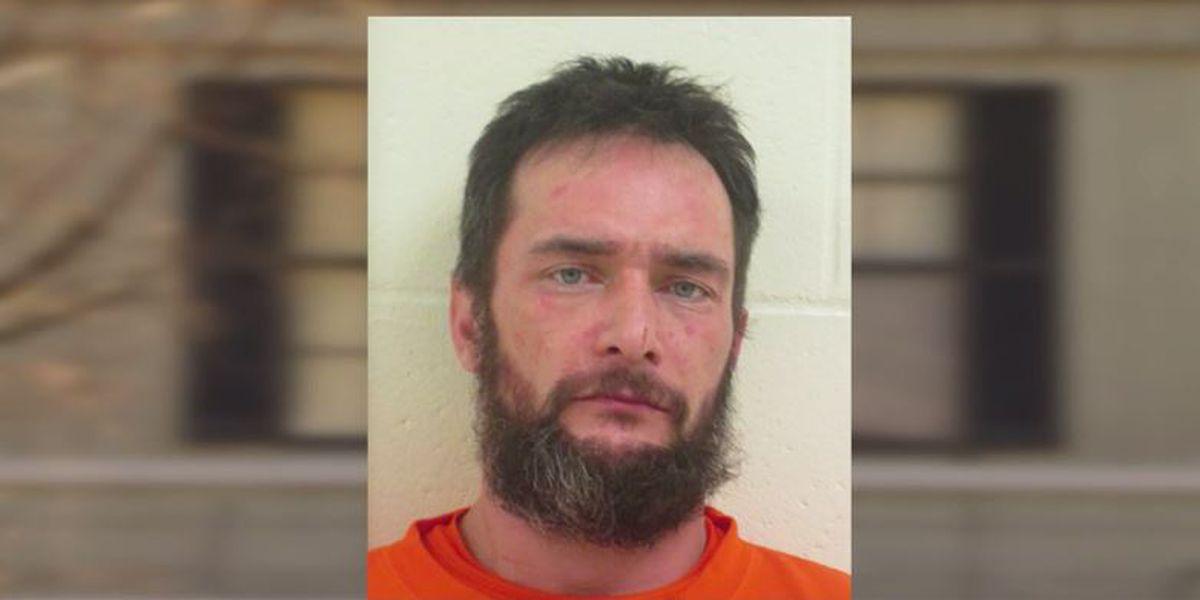 Burglar convinced victim he was innocent, got ride away from scene, authorities say