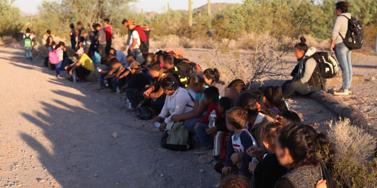 Border Patrol agents encounter another large group of immigrants in the desert