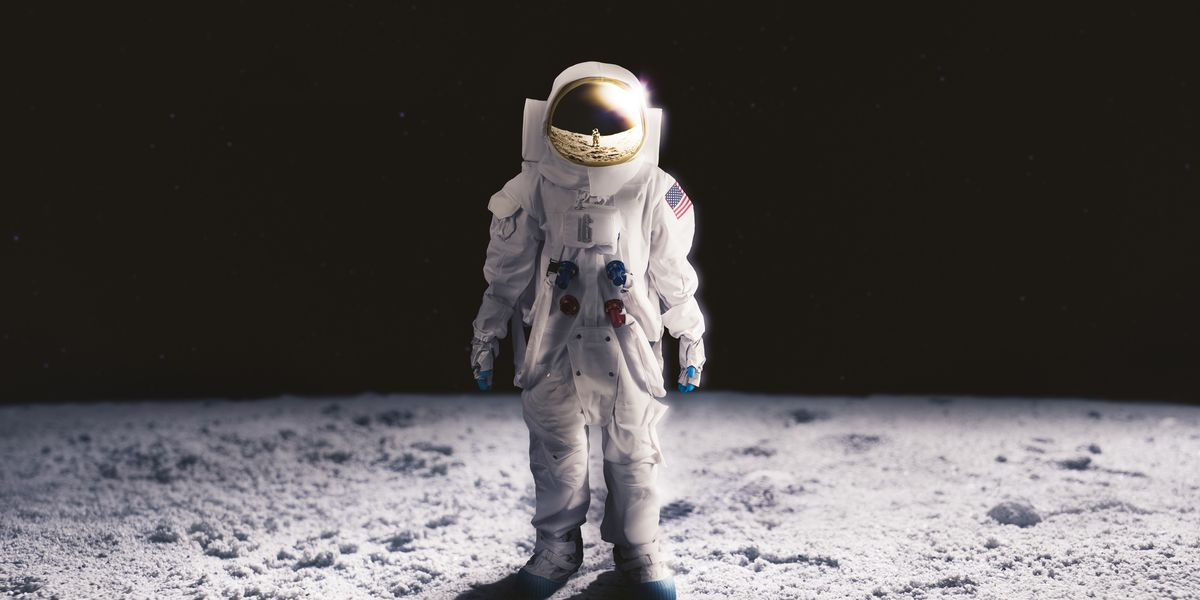 NASA to announce selection of science commercial moon landing services