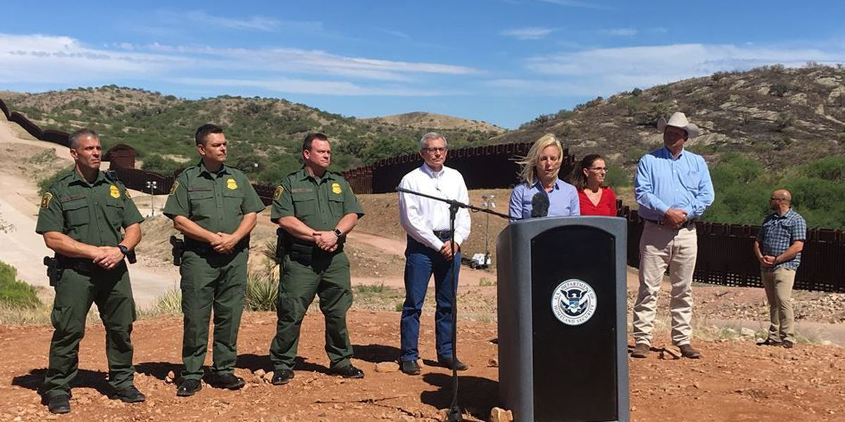 Head of DHS visits Nogales Port of Entry for first time
