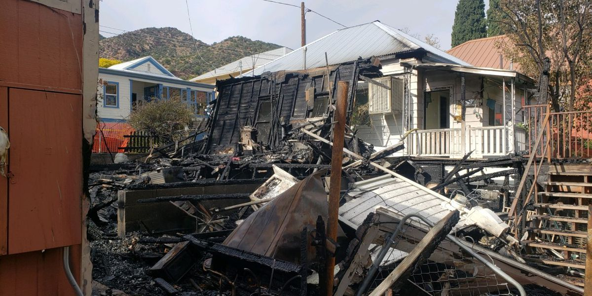 Two structures lost, two vehicles damaged after fire in Bisbee