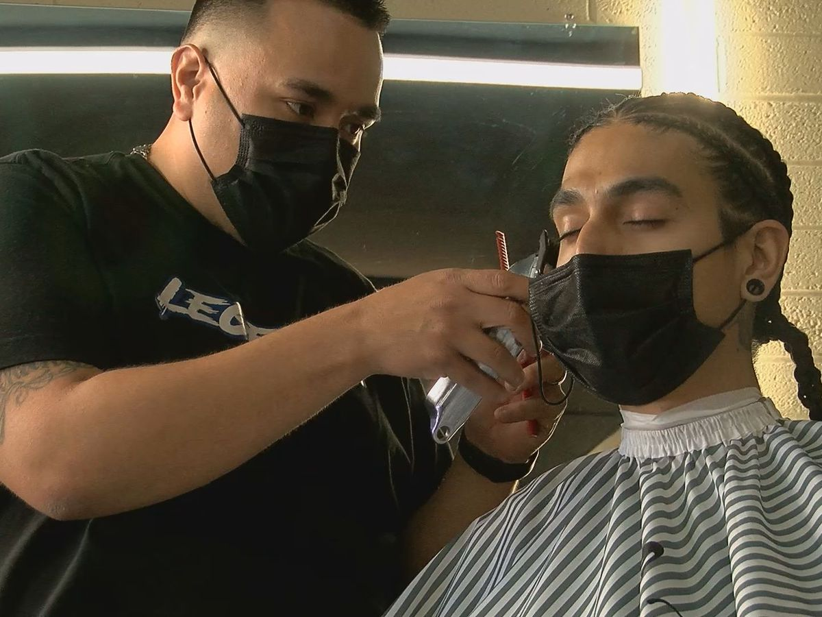 Arizona's Heart and Sol: South-side barber gives back