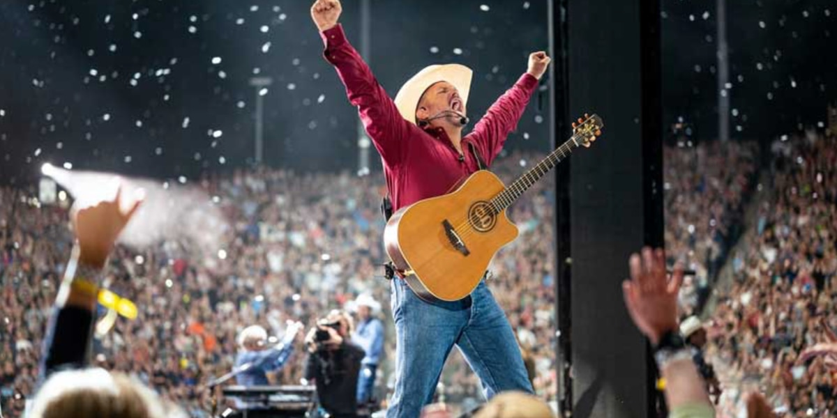 Country superstar Garth Brooks coming to Tucson, kind of