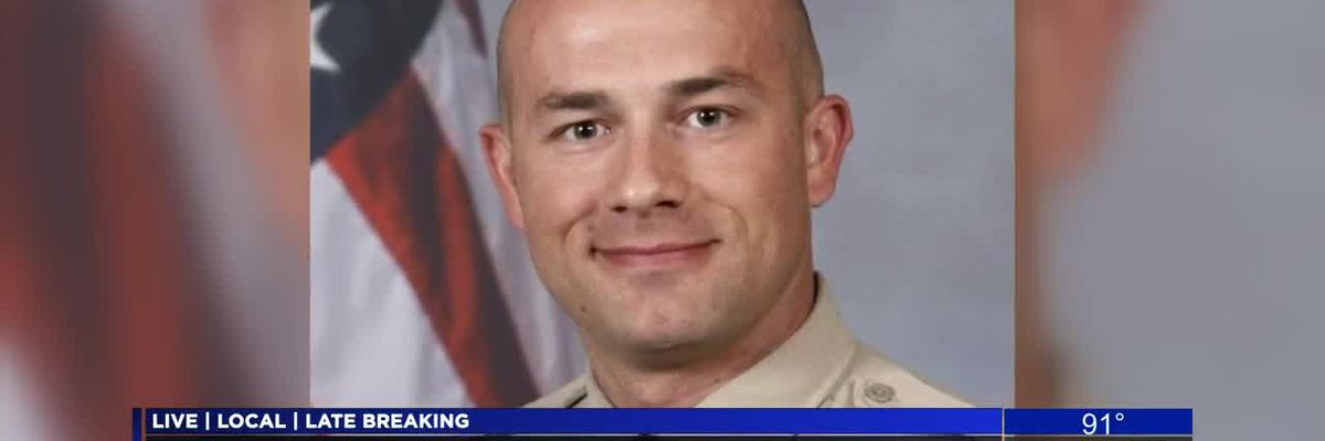 Officer identified in courthouse death