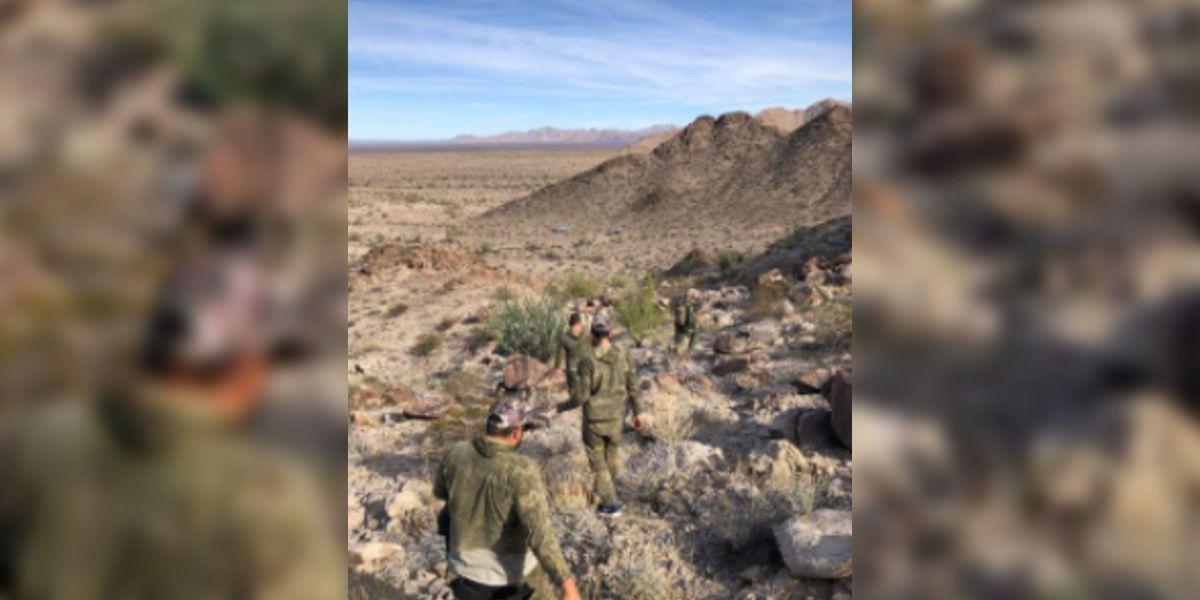 Border Patrol agents arrest group in the desert near Yuma