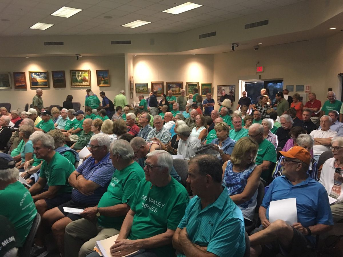 Oro Valley town council delays decision on golf courses, again