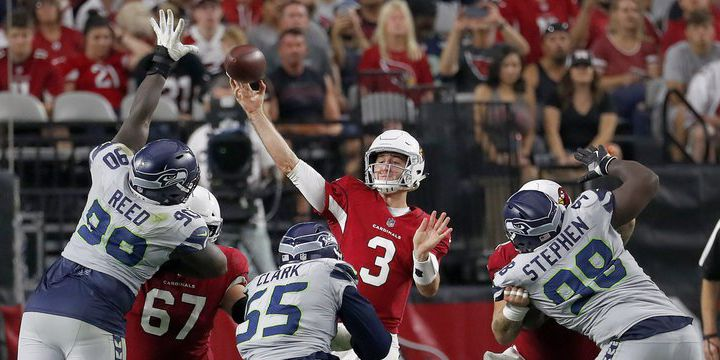 Cardinals trade Rosen to Dolphins for two picks, draft wide receiver