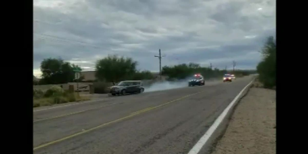 WATCH: High-speed chase in Sahuarita ends with crash