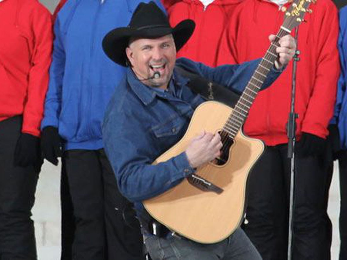 JUST ANNOUNCED: Garth Brooks coming to Arizona