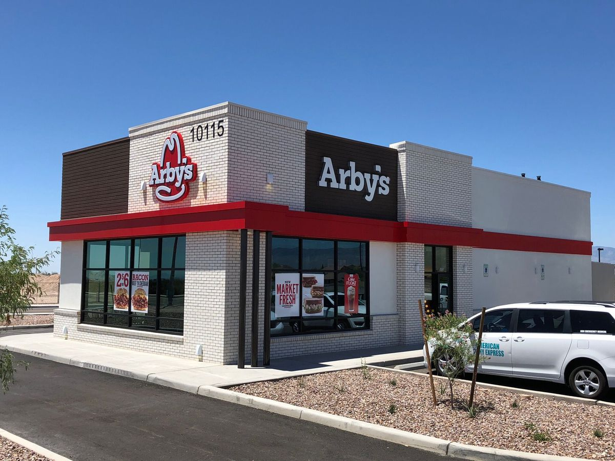 Arby's hosts fundraiser to help Empire High School athlete fight cancer