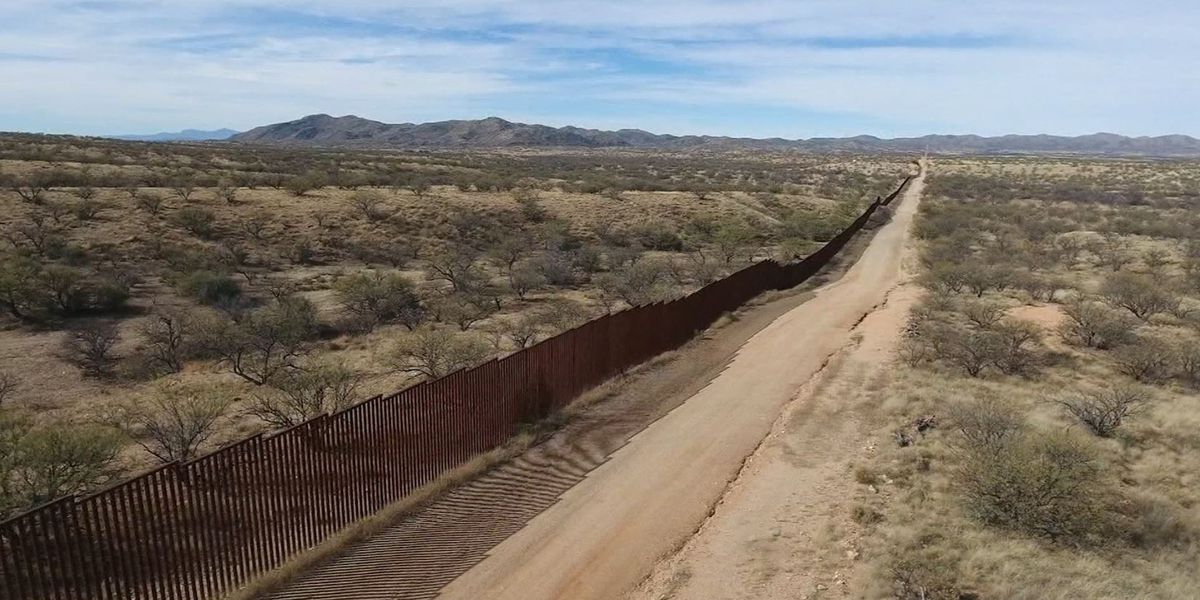 Contractor injured while working on border wall in Arizona