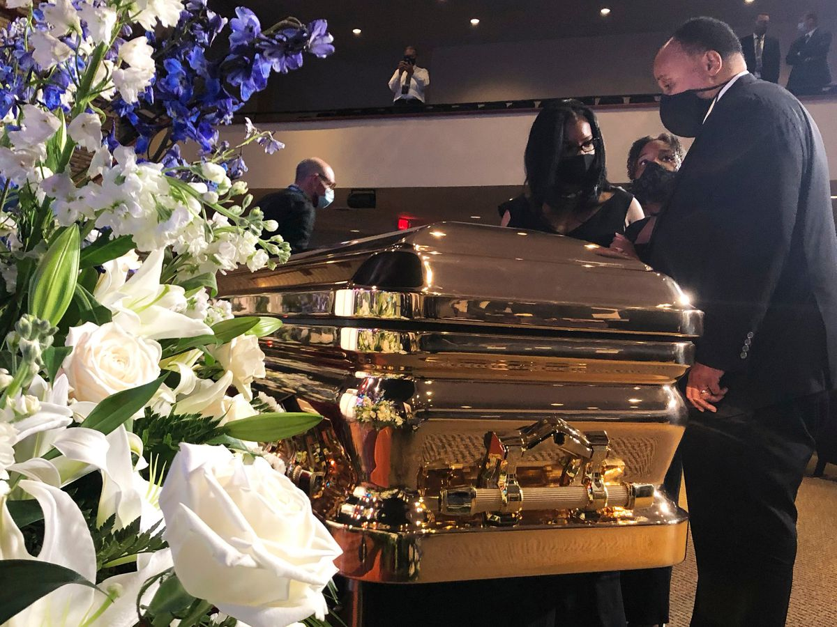 'Get your knee off our necks!': Floyd mourned in Minneapolis