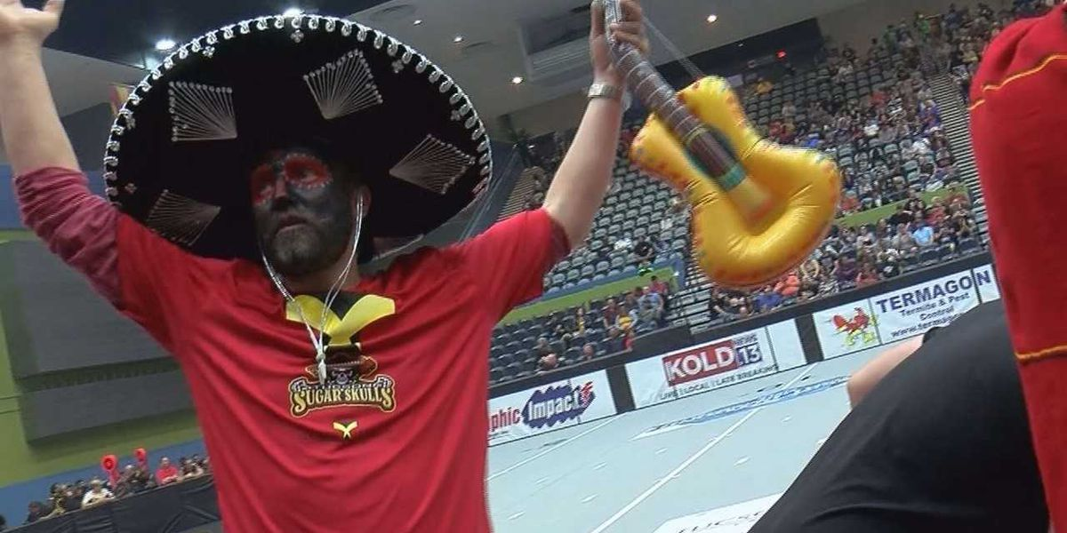 Fun, Fast, Football: Sugar Skulls have fans on their feet in home opener