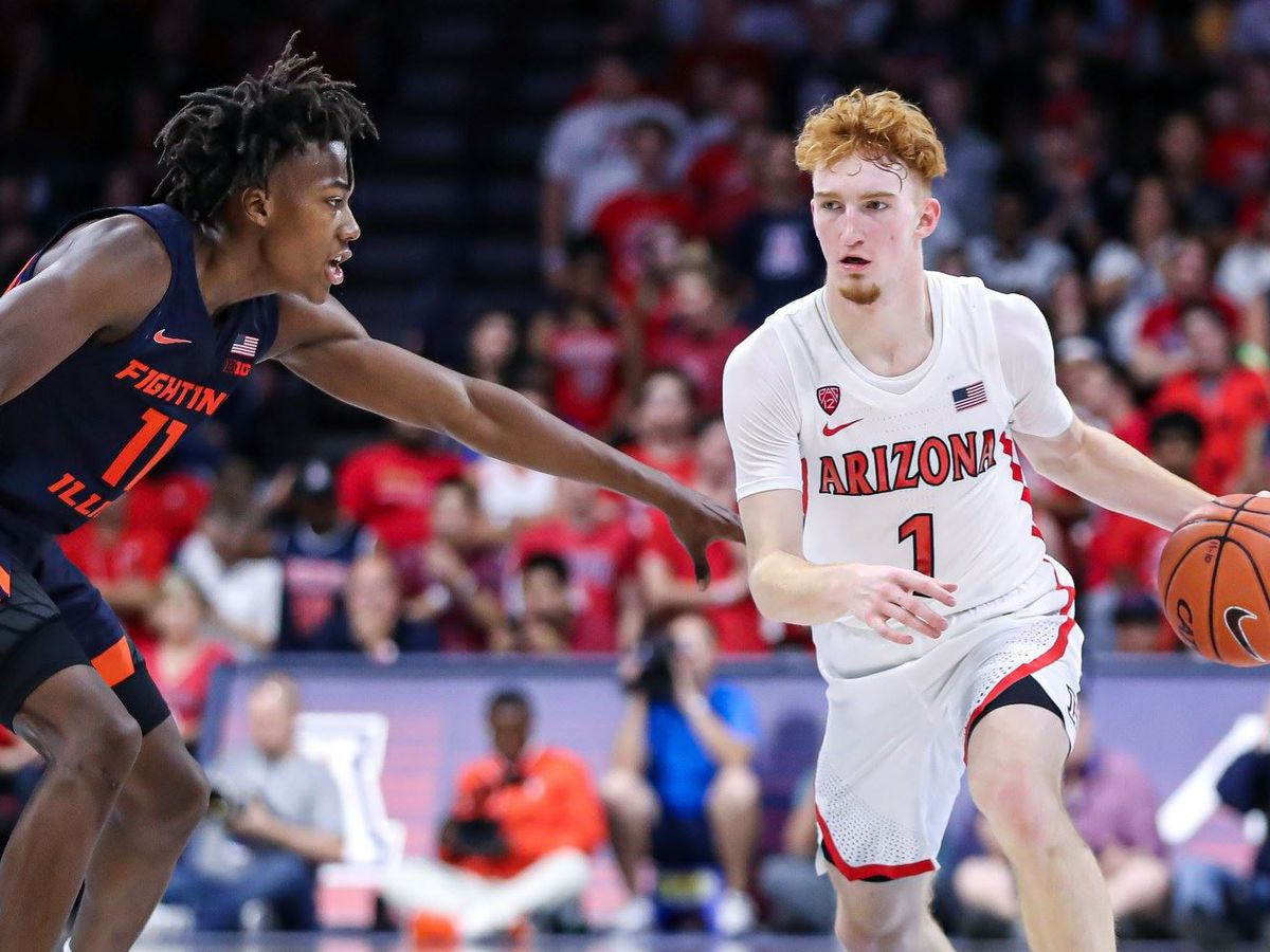 No. 21 Arizona routs Illinois 90-69 behind freshman trio