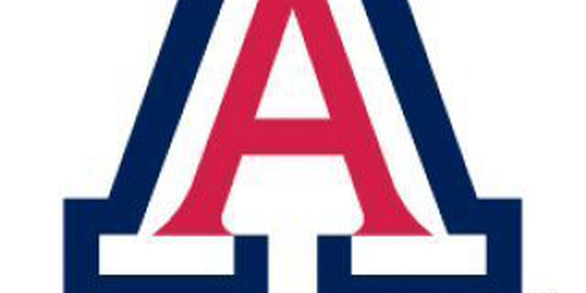 Jacobson emerges for Arizona Volleyball