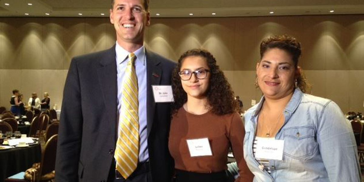 Tucson 14-year-old gets full college scholarship