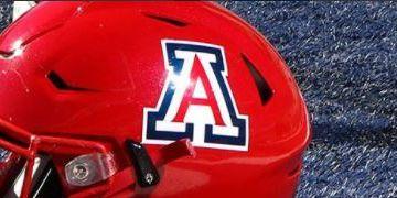 BEAR DOWN: Arizona celebrates Homecoming by drubbing Oregon 44-15