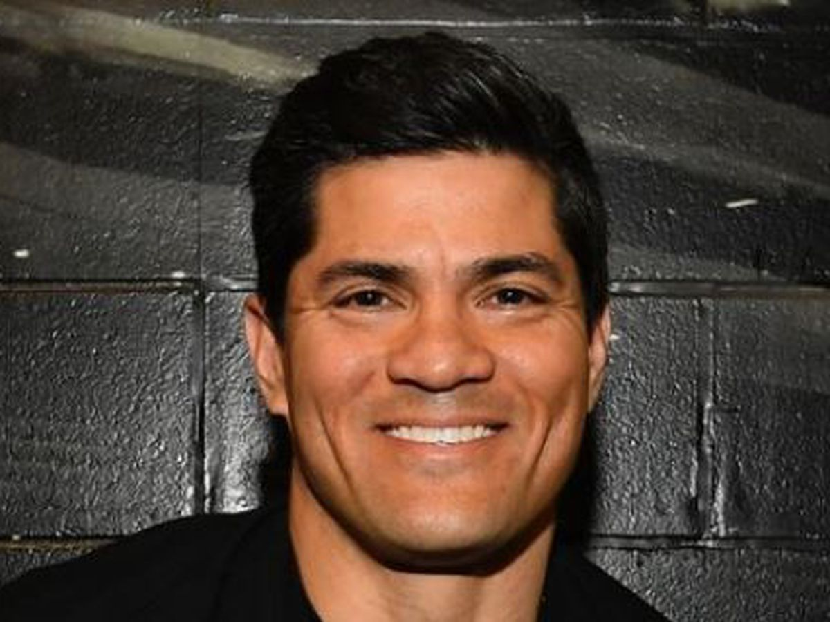 Wildcat football great Tedy Bruschi suffers stroke