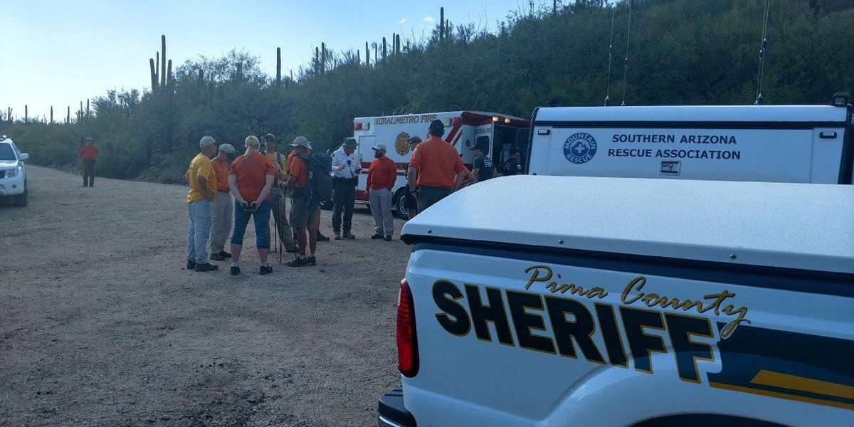 Rescue crews responding to stranded hikers at Seven Falls