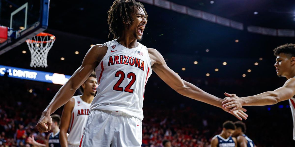 St. John's survives late surge from No. 16 UArizona