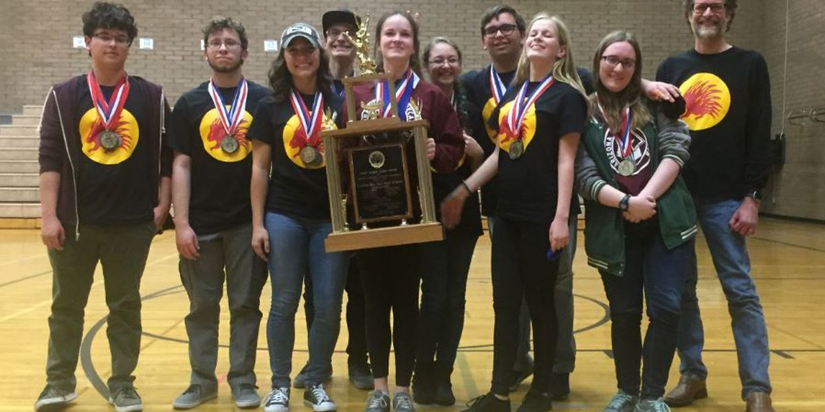 Canyon del Oro academic decathlon team tops regional tournament with record performance