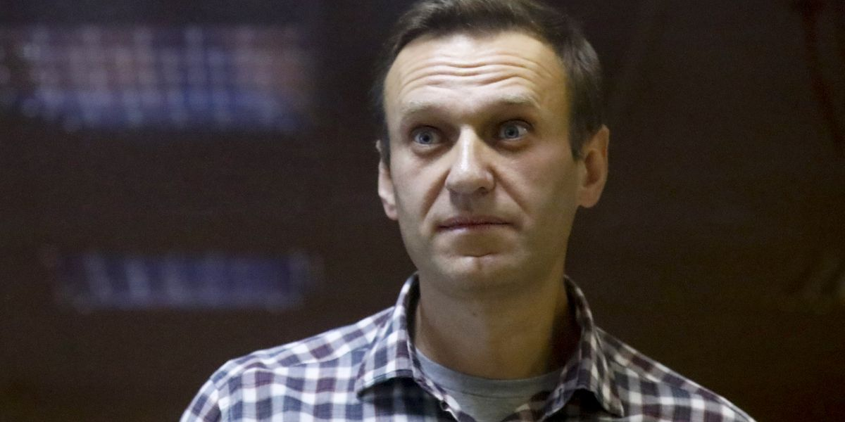 Imprisoned Putin foe Navalny to end his hunger strike