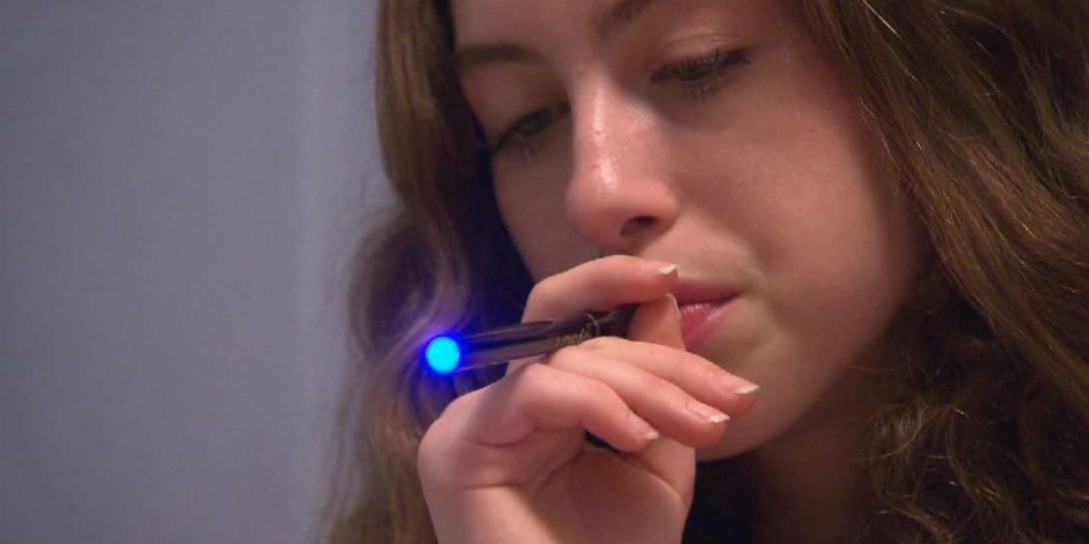 FDA combating e-cigarette 'epidemic' among teens