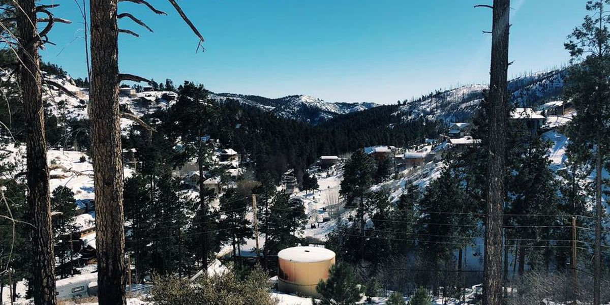 PCSD: Be prepared for 'worst case scenario' if driving up to see the snow on Mt. Lemmon