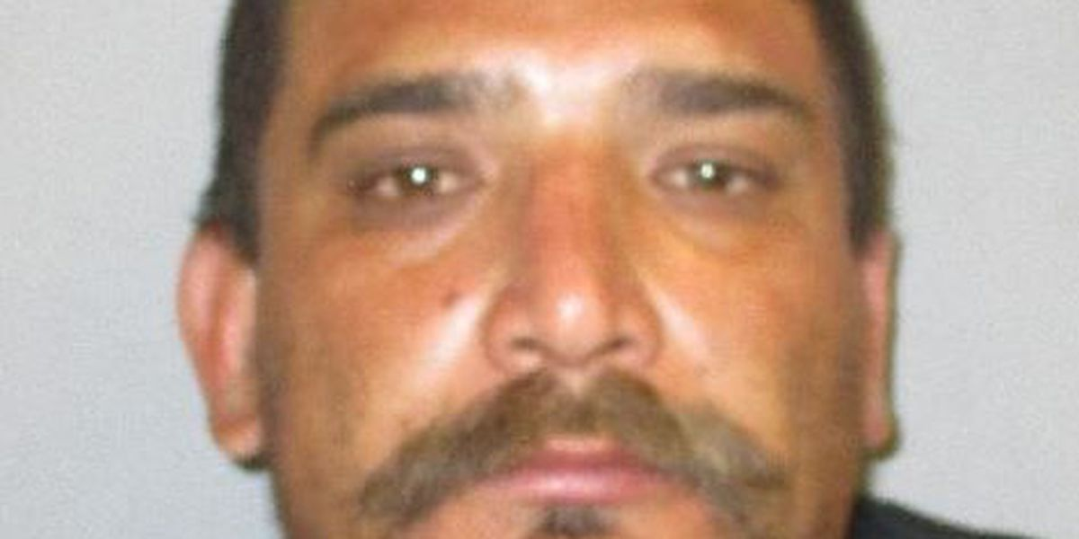 Cochise Co. Sheriff's Office asking for public's help locating fugitive
