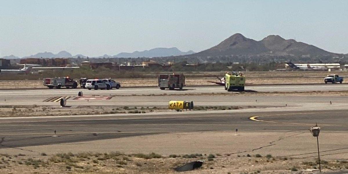 Aircraft lands gear-up at Tucson International Airport